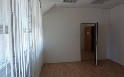 AOA Real  – prenájom, dvojkancelária 40,52 m2 ,vyhľadávaná  lokalita,  elektronický bezpečnostný systém, elektronický vrátnik, Klincová ul.