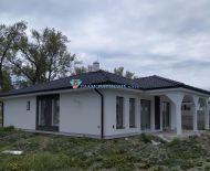 DIAMOND HOME s.r.o. ponúka Vám na predaj exkluzívny 4izbový rodinný dom neďaleko od Dunajskej Stredy v obci Veľké Blahovo!