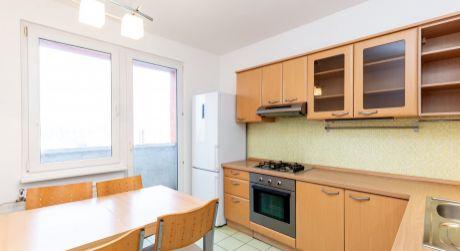 3-izbový byt na Smolenickej ulici s krásnym výhľadom na okolie