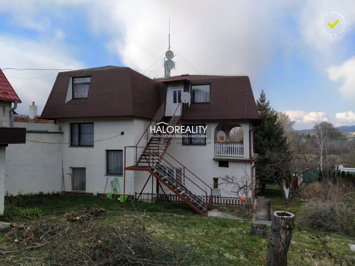 Rodinný dom-Predaj-Banka-379950.00 €