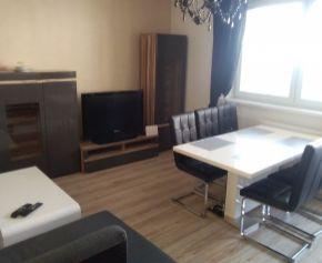 Prenájom 3-izbového bytu z balkónom v novostavbe na Jeleneckej ul. Nitra 72-  213- MIK