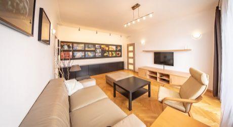 Predaj kvalitne zrekonštruovaného 2,5 izb. bytu aj so zariadením na Jadrovej ul. v Ružinove