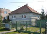 Žlkovce-3 rodinný dom s veľkým pozemkom o výmere 3683m2, ihneď obyvateľný v exkluzívnom zastúpení!
