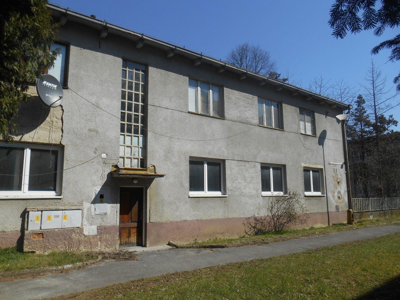 Polyfunkčný objekt-Predaj-Považská Bystrica-240000.00 €