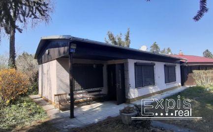 PREDAJ – 3 izbová rekreačná chata s výhľadom na jazero Malé Leváre – Rudava – EXPISreal
