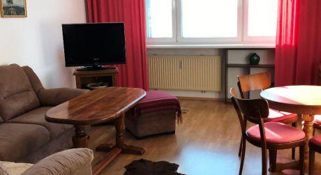 Útulný 2 izbový byt s balkónom Vám ponúkame na prenájom, províziu neplatíte