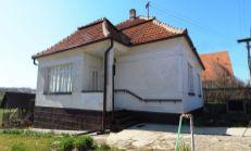 Rodinný dom v Dulovciach, na predaj