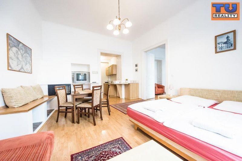 Iný-Prenájom-Bratislava - mestská časť Staré Mesto-700.00 €