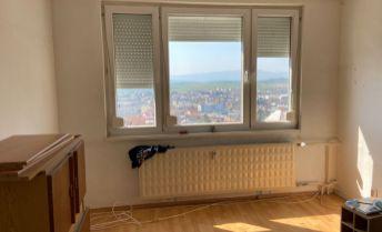 1-izbový byt s krásnym výhľadom - Bánovce nad Bebravou