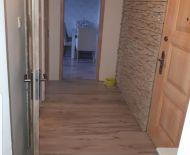 PREDAJ-zrekonštruovaný 2-izbový byt so šatníkom