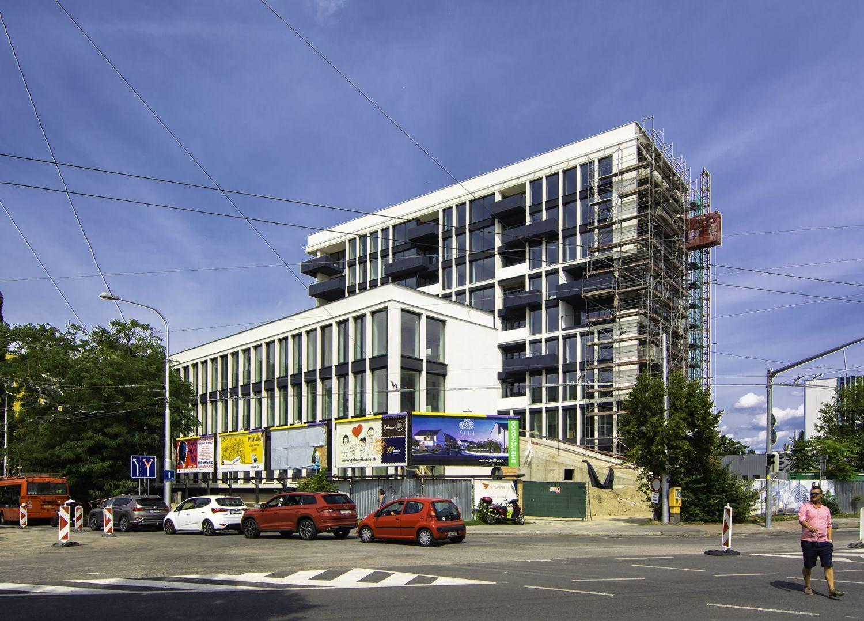 2 - izbový byt v unikátnom projekte bytového komplexu TREENIUM, ktorý vyniká architektúrou so živými stromami