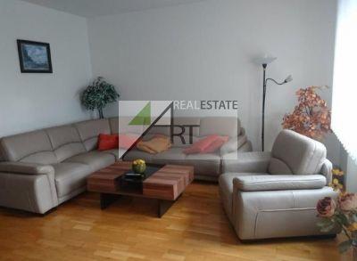 ART REAL ESTATE ponúka na prenájom 3-izbový byt na Šustekovej ul. – Bratislava - Petržalka