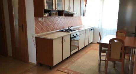 Predaj-pekný 3-izb byt v tehlovej bytovke s garážou+záhradka.ODPORÚČAM!