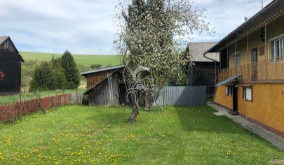 Rodinný dom s pozemkom v obci Vislanka