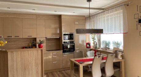 REZERVOVANÉ: Na predaj kompletne zariadený 3 izbový byt v novostavbe v Žiline