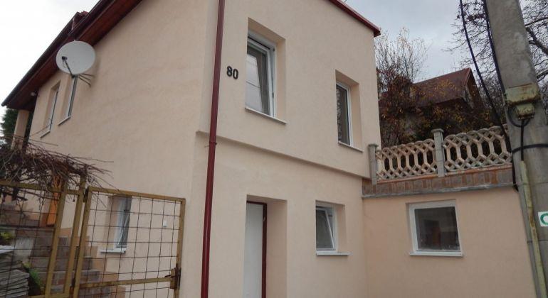 Exkluzívne-Na predaj 4-izbový rodinný dom 240 m2, Šútovce, okres Prievidza