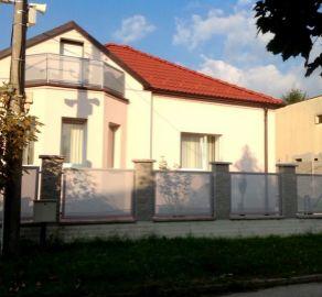 StarBrokers – PRENÁJOM: 2-izbový rodinný dom 150 m2 - ulica Segnáre, Bratislava Lamač