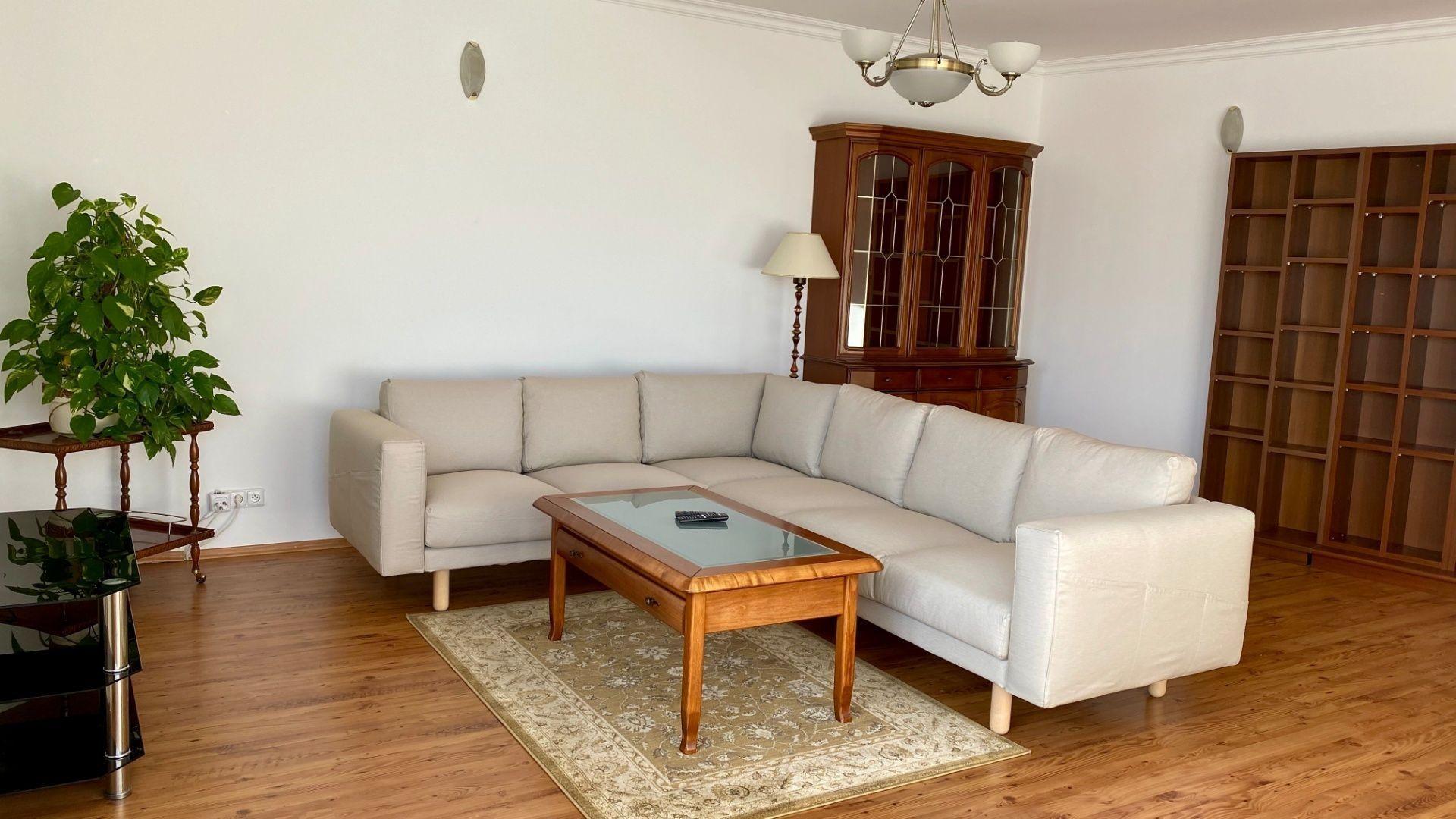 Iný-Predaj-Bratislava - mestská časť Ružinov-410000.00 €