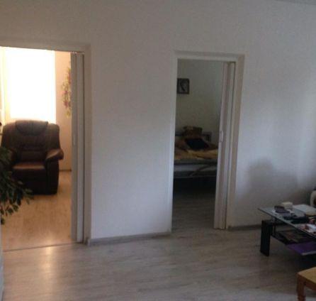 STARBROKERS - PREDAJ 2,5iz byt, čiastočná rekonštrukcia, Bratislava, Dúbravka, Bošániho ul.