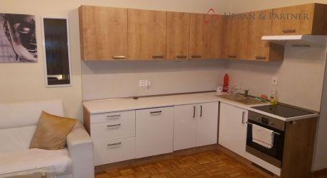 Prenájom 2 izbového bytu na Ľubľanskej ulici v širšom centre