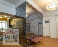Exkluzívny,  novozrekonštruovaný 3 izbový byt v lukratívnej časti Starého mesta,  Palisády