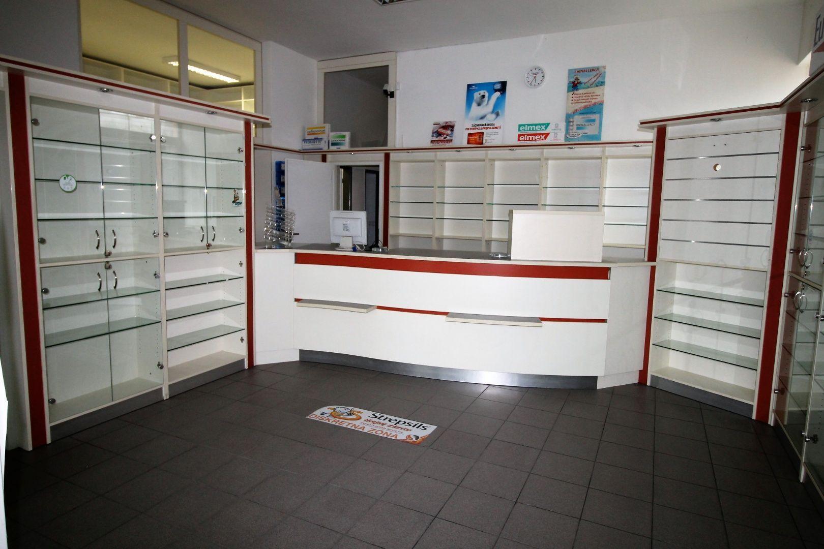 Obchodný objekt-Predaj-Bratislava - mestská časť Karlova Ves-179000.00 €