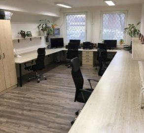 StarBrokers – PREDAJ: kancelárie 230 m2 -  Bajzova ul.. Bratislava-Ružinov