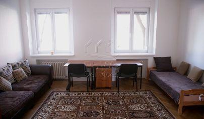 PRENAJATÉ: 3,5 izb. byt, Vajnorská ul., oproti nákupnému centru VIVO, Bratislava III