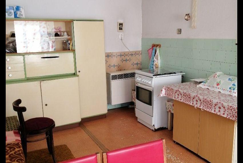 Predaj Rodinné domy Šarovce-3