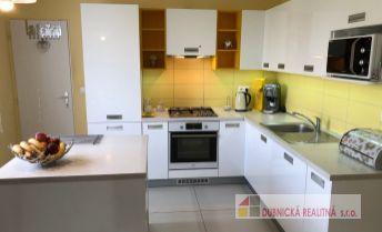 REZERVOVANÝ - EXKLUZÍVNE na predaj veľmi pekný 3-izbový byt v Dubnici nad Váhom