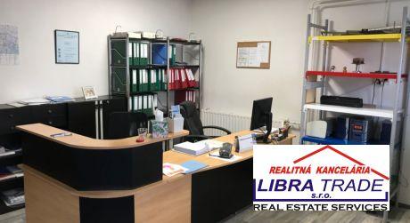 Prenájom - kancelársky priestor s kuchynkou 74 m2 + sklad v Komárne