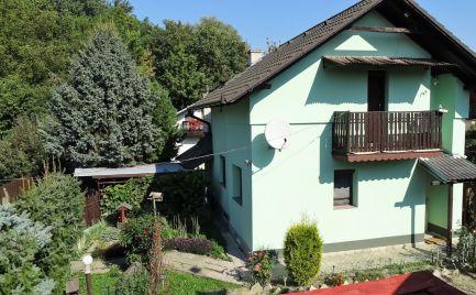Predaj rekreačnej chaty v Hamuliakove, v romantickom prostredí pri jazierku.