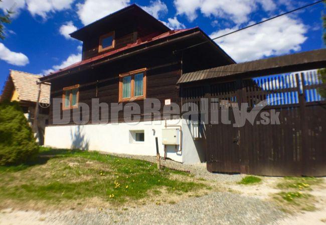 PREDANÉ: Horehronská drevenica s priestorom pre oddych a relax, 244 m2, Polomka, okres Brezno