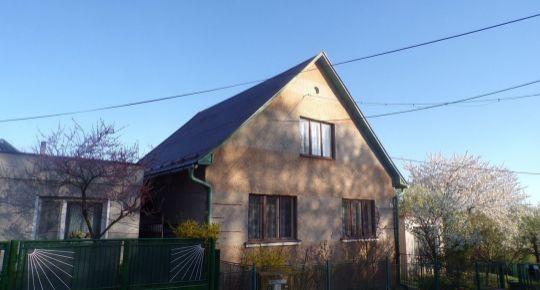 Na predaj 3 izbový rodinný dom 618 m2 Dlžín okres Prievidza 70058