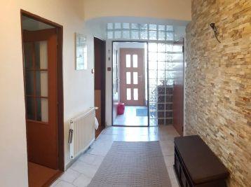 ELIMARK - PRENÁJOM 2 izb 60 m2 byt so záhradkou, ZOBOR, Tatarkova ul