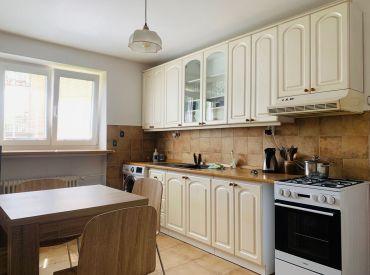 Na predaj 2-izbový veľkometrážny byt na Hlinách I, 68 m2, Cena : 104.900 Eur
