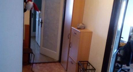 Veľký 2- izbový pavlačový byt na Šancovej ulici v historickej tehlovej budove