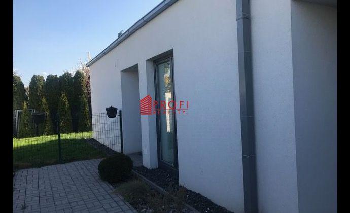 Predaj novostavby bytu so záhradkou len 2km od Dunajskej Stredy