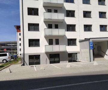 Obchodný priestor do NÁJMU, Liptovský Mikuláš, od 19,6 m2