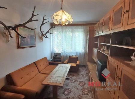 3izbový byt s balkónom - centrum Topoľčany