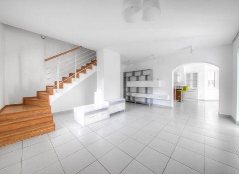 PREDANÉ - Na predaj 5 izbový rodinný dom vo výnimočnom Horskom parku