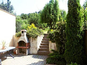 Na prenájom 4-izbový RD so záhradou, 117 m², Pri Suchom mlyne, BA I.-Staré Mesto