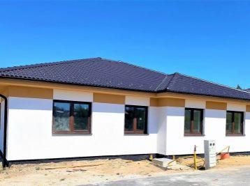 ***NOVINKA: Novostavba 4 izb. rodinných dvojdomov v tichej lokalite na ul. B. Nemcovej v Malackách!!
