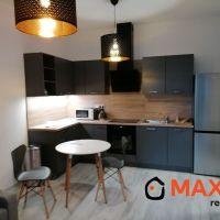 2 izbový byt, Senica, 68 m², Kompletná rekonštrukcia