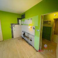 2 izbový byt, Partizánske, 62 m², Čiastočná rekonštrukcia