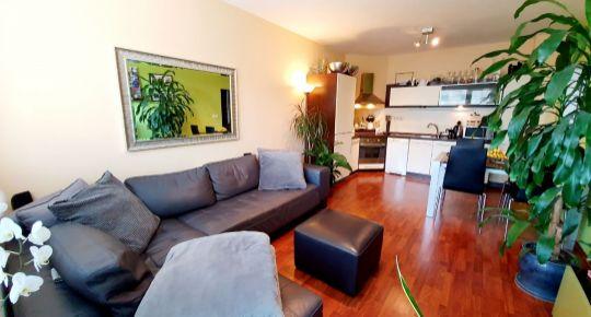 Pekný 3 izbový BYT V SENCI v blízkosti BILLI S PARKOVACÍM MIESTOM