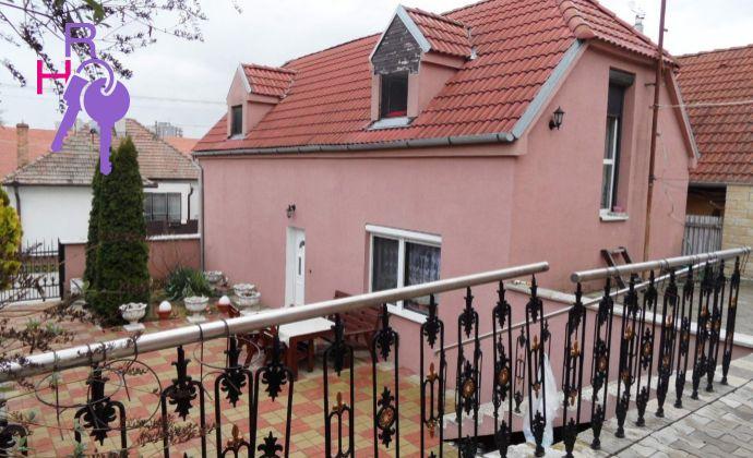 POZOR ZNIZENA CENA !!! Rodinný dom Senec  na predaj  v tichej lokalite