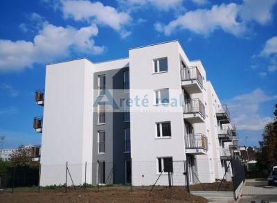 Areté real, Predaj novostavby 2-3 izbových bytov so záhradkami v tesnej blízkosti centra mesta Pezinok