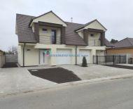 DIAMOND HOME s.r..o. Vám ponúka na predaj 4izbový rodinný dom /dvojdom/ s jedinečným dizajnom neďaleko od Dunajskej Stredy v obci Horná Potôň!