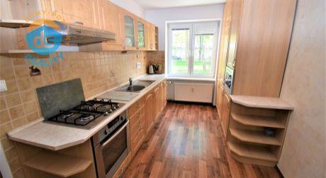 Na predaj veľký 2 izbový byt po rekonštrukcii, 62 m2, Trenčín, ul. 28.októbra